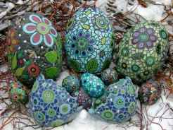 16 Excellent DIY Mosaic Garden Decoration Ideas for Front and Backyard Landscaping