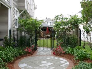 19 Incredible Side House Garden Landscaping Ideas