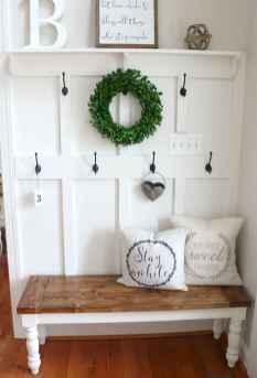 23 Inspiring Farmhouse Entryway Decor Ideas
