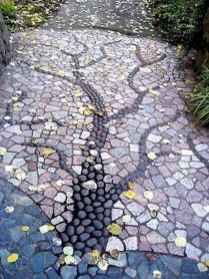26 Beautiful DIY Mosaic Garden Path Decorations For Your Landscape Inspiration