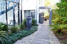 27 Incredible Side House Garden Landscaping Ideas