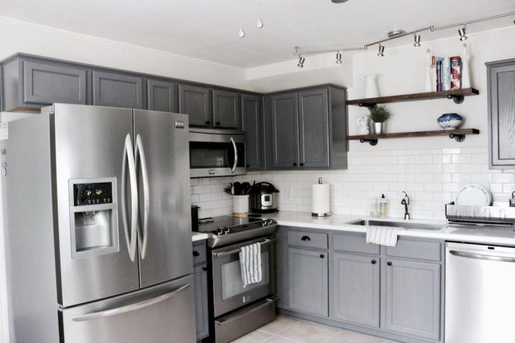 35 Incredible Farmhouse Gray Kitchen Cabinet Design Ideas