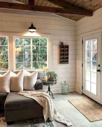 38 Cozy Farmhouse Sunroom Decor Ideas