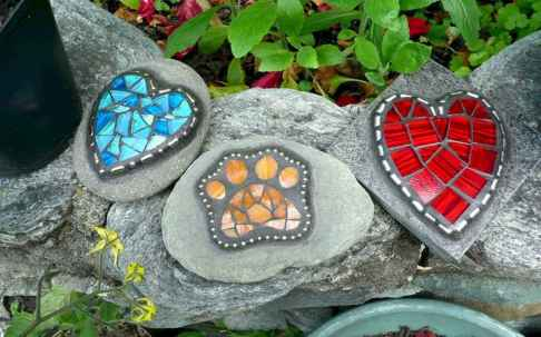 39 Excellent DIY Mosaic Garden Decoration Ideas for Front and Backyard Landscaping