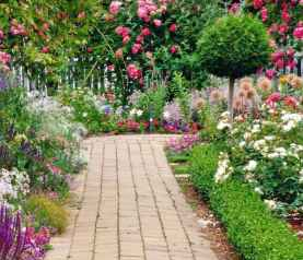 40 Fabulous Garden Path and Walkway for Front and Backyard Ideas