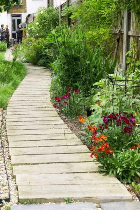 51 Fabulous Garden Path and Walkway for Front and Backyard Ideas