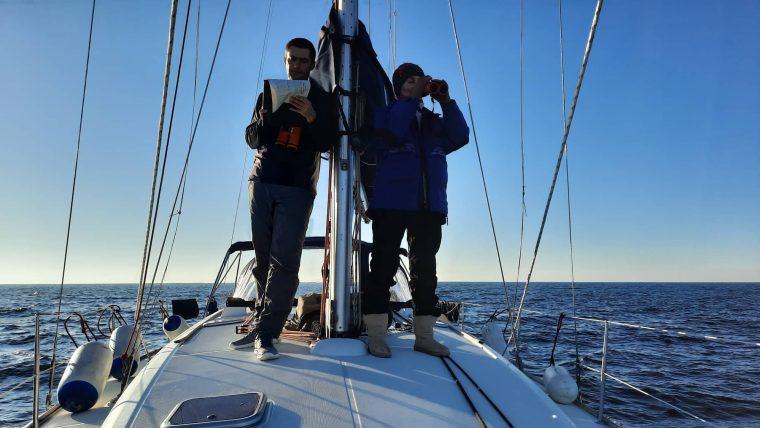 Dimitar Popov Gallinula Meshkova counting dolphins in the black sea 1