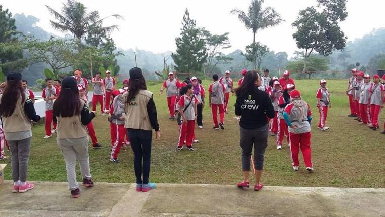 employee gathering untuk Refreshing