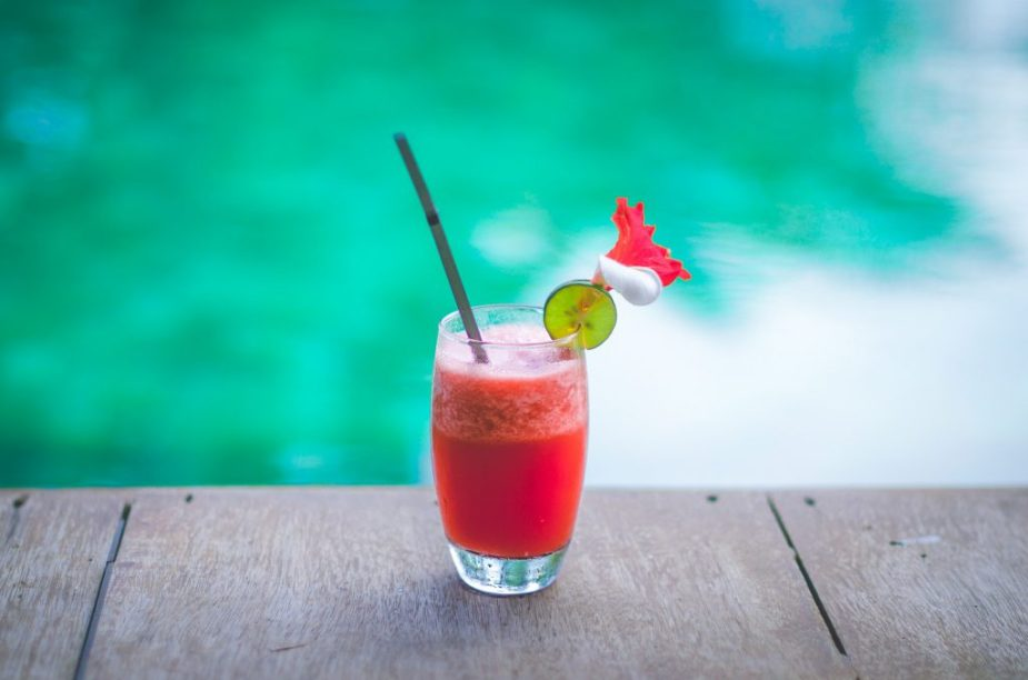 rum-punch-drink-travel