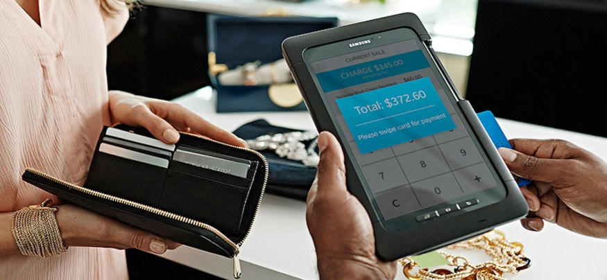 3 Ways Small Businesses Can Leverage In-Store Mobile Shopping