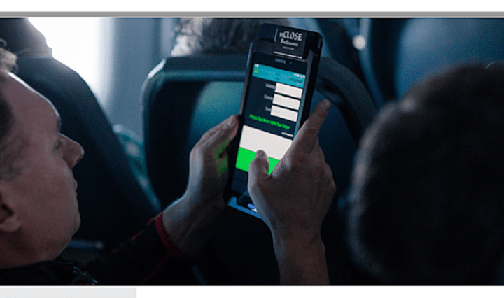 Frontier Airlines is equipping its nearly 1,300 flight attendants with tablets in order to improve the efficiency of its in-flight purchases.