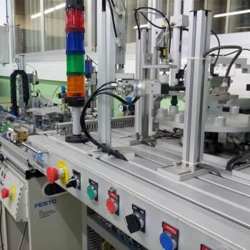 Automatització i robòtica industrial