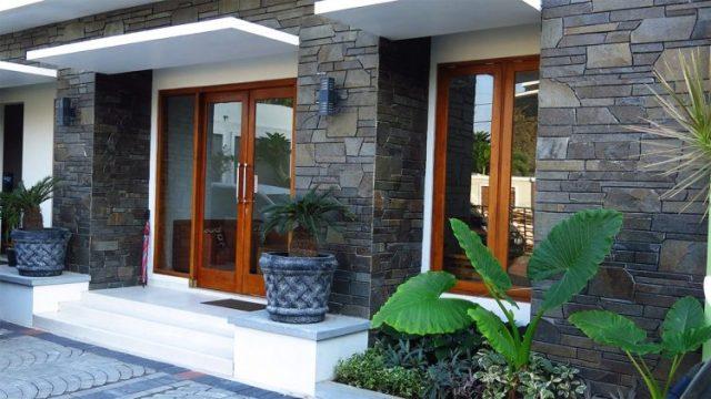 30+ Motif & Harga Keramik Dinding Teras Depan Model Minimalis