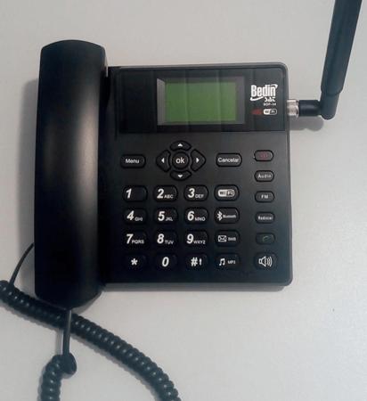 "BedinSat BDF-14: telefone de mesa ""rural"" 4G, milagrosamente sem Android"