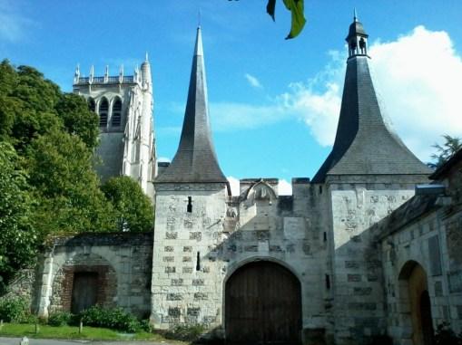 Le Clos de la Risle : Abbaye du Bec Hellouin ©CT