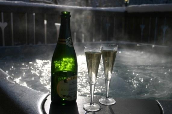 Le Clos de la Risle : jacuzzi & champagne