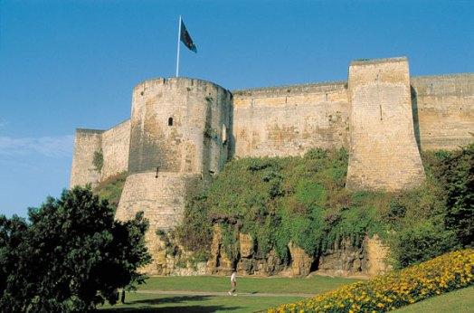 Le Clos de la Risle : Château médiéval de Caen
