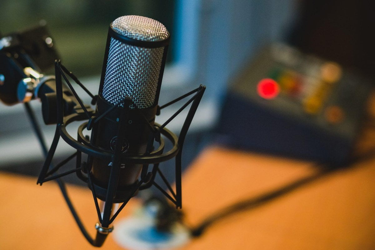 How to Increase Engagement and Grow Your List with Podcasting