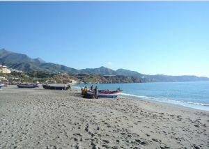 Burriana Beach - https://commons.wikimedia.org/wiki/File:BurrianaD03_(6993113983).jpg