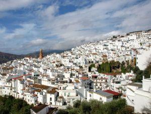La Axarquía: wine and a lost village