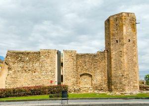 Scaffolders destroy Tarragona's Roman city wall
