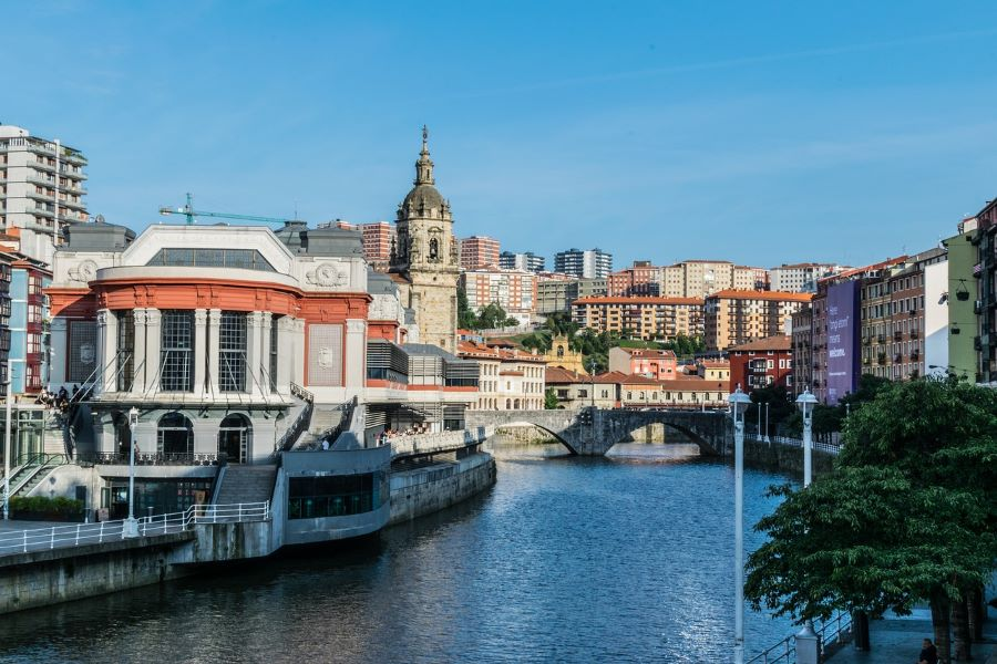 Bilbao river and market
