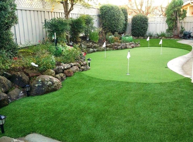 Backyard Putting Green And Minimalist Modern Styles Yard