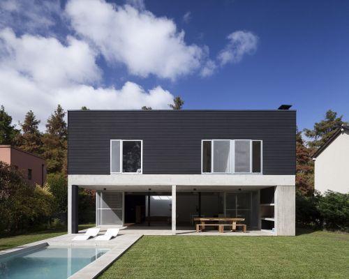 luxury minimalist house value