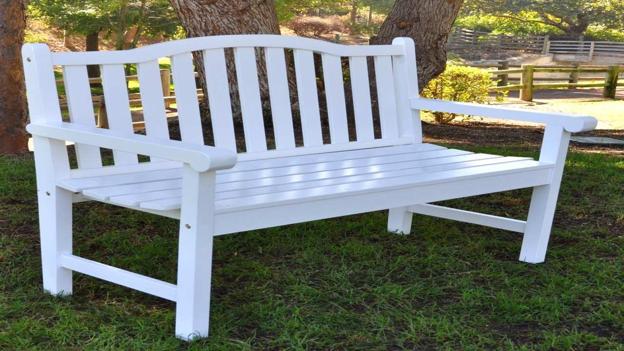 white modern relax glinder design