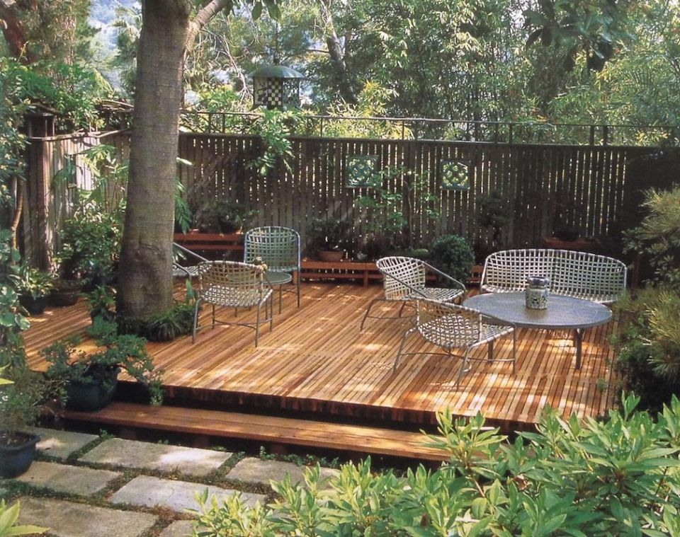 Backyard with pallete