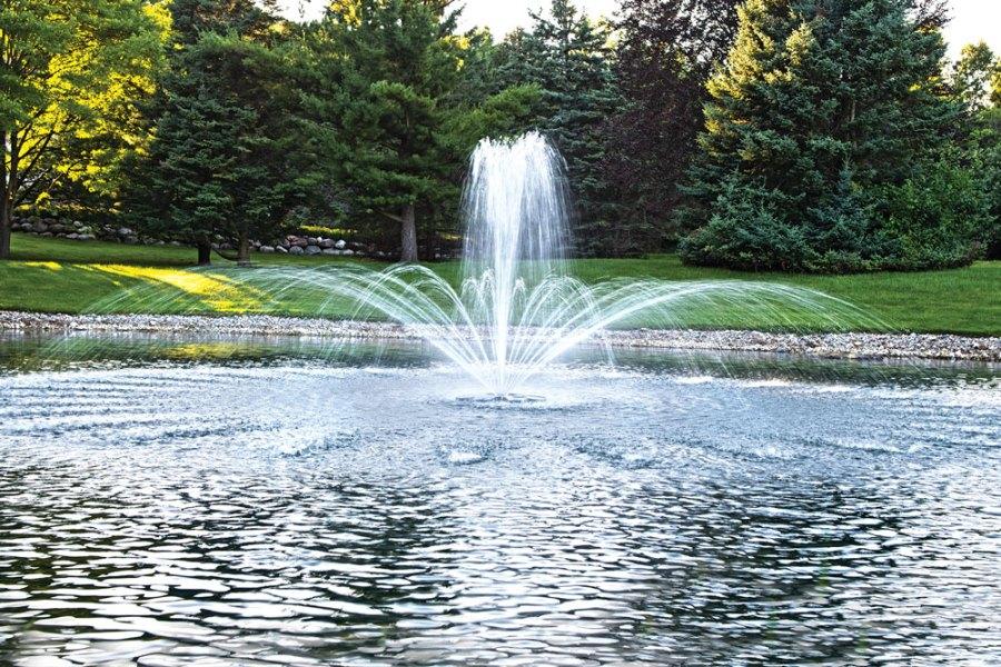 backyard fountain decoration