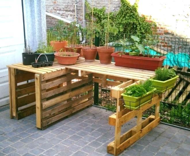 pallet backyard furniture