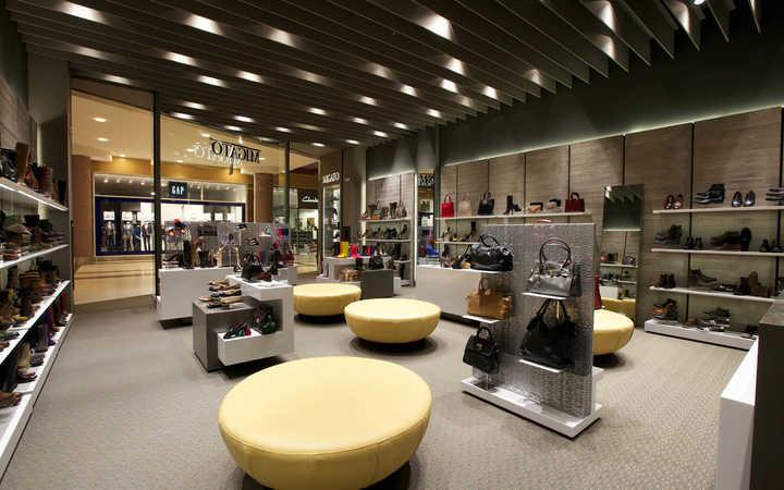 sample commercial interiors room design