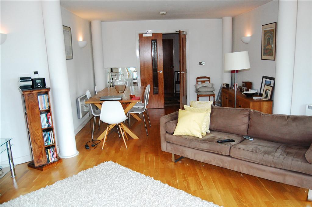 living space minimalist house ideas