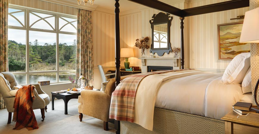 natural view castle bedroom design