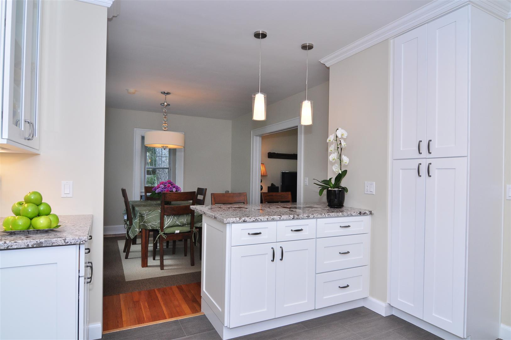 white cabinets ideas
