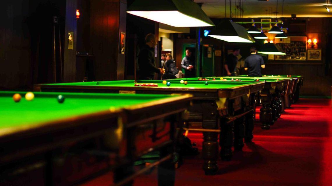 pool billiard room decorations