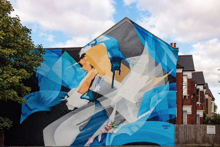 MadC paints a Mural in London. Photo: Marco Prosch
