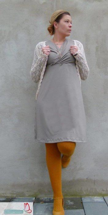 Papierschnittmuster Gloria von Milchmonster. Ein vielseitiges Schnittmuster für eine Jacke, Shirt oder Kleid