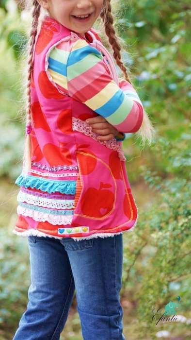 Kinderweste nähen - Anfänger - mit dem Schnittmuster Fria von farbenmix - jetzt neu bei farbenmix.