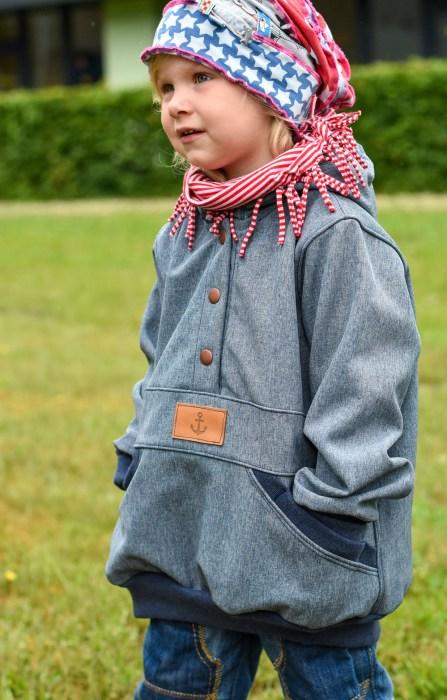 Regenjacke für Kinder nähen - XANTHOS Schnittmuster mit ausführlicher Schritt für sChritt Fotoanleitung von farbenmix