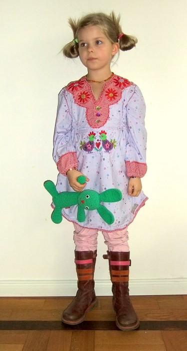 Tunika Bluse für Mädchen nähen mit dem Schnittmuster SAMMY von farbenmix