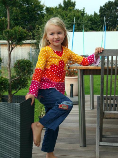 Langarmshirt nähen mit dem Ebook und Papierschnittmuster von farbenmix kinder Langarmshirt
