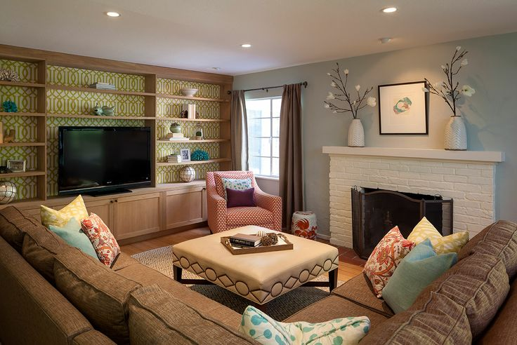 Family TV Room On Inspirationde