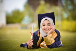 Best Ways to Look Stylish on Your Graduation Day