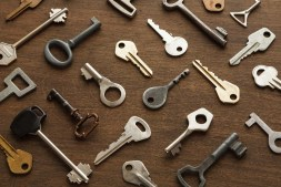 many-different-keys-on-wood