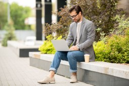 Why Choose SafetyWing if You're a Digital Nomad