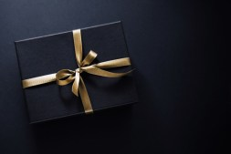 Best Luxury Gifts for Entrepreneurs Above $100