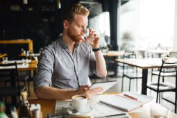 How to Improve Your Career Prospects While Working Full-Time
