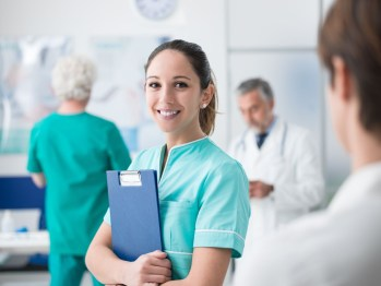 8 Steps to Pursue a Nursing Career After High School